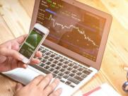 股市行情大涨的时候,普通人该不该投资股票赚钱?